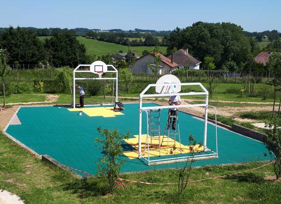 Renovation-un-terrain-de-sport-dans-le-Val-de-Vienne